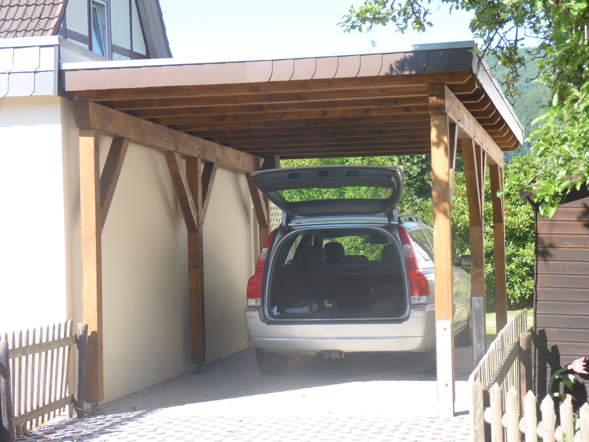 Zimmerei lotze neubau carport vom feinsten mit ger teraum for Carport bedachung
